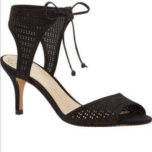 Vince Camuto Tie up shoes